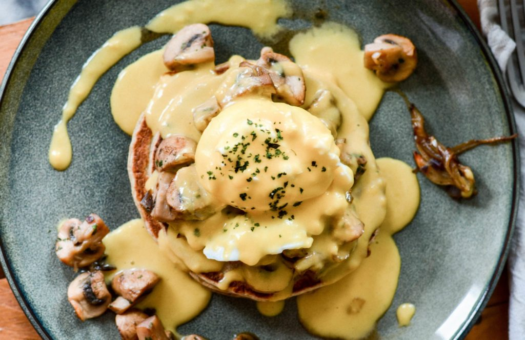 Brunch-Oeuf-bénédicte-champignons@MarineBoni-BD